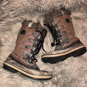 Sorel Tofino II faux fur boots arctic 7 women's